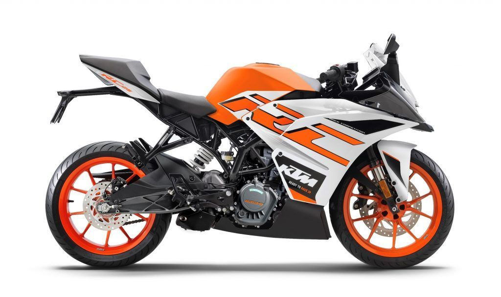 All Ktm 2020 Model Range Updated To Bs6 Price Specs Photos