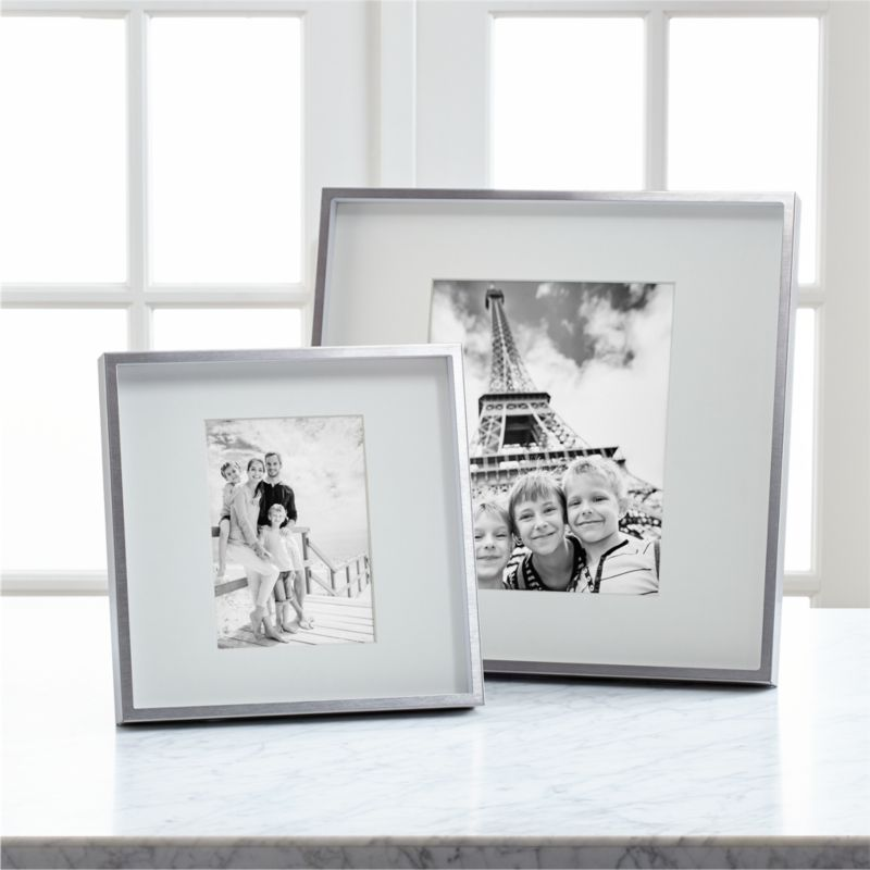 Brushed Silver 8x10 Wall Frame In 2020 Silver Picture Frames