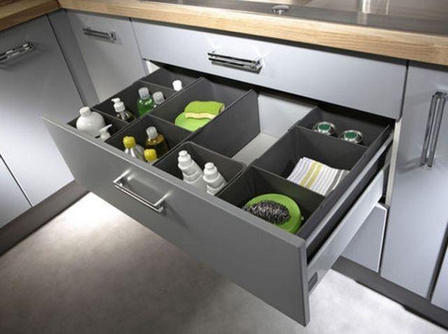 Amnagement tiroirs cuisine rangement cuisine rendre le placard pratique mural range couverts - Range couvert leroy merlin ...