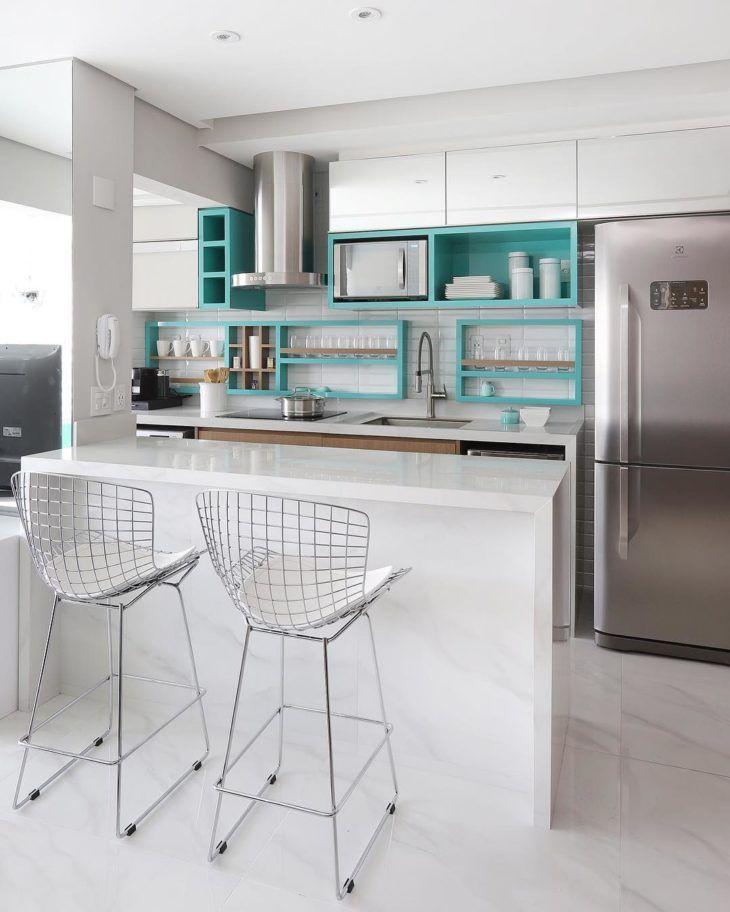 Cozinha planejada verde agua
