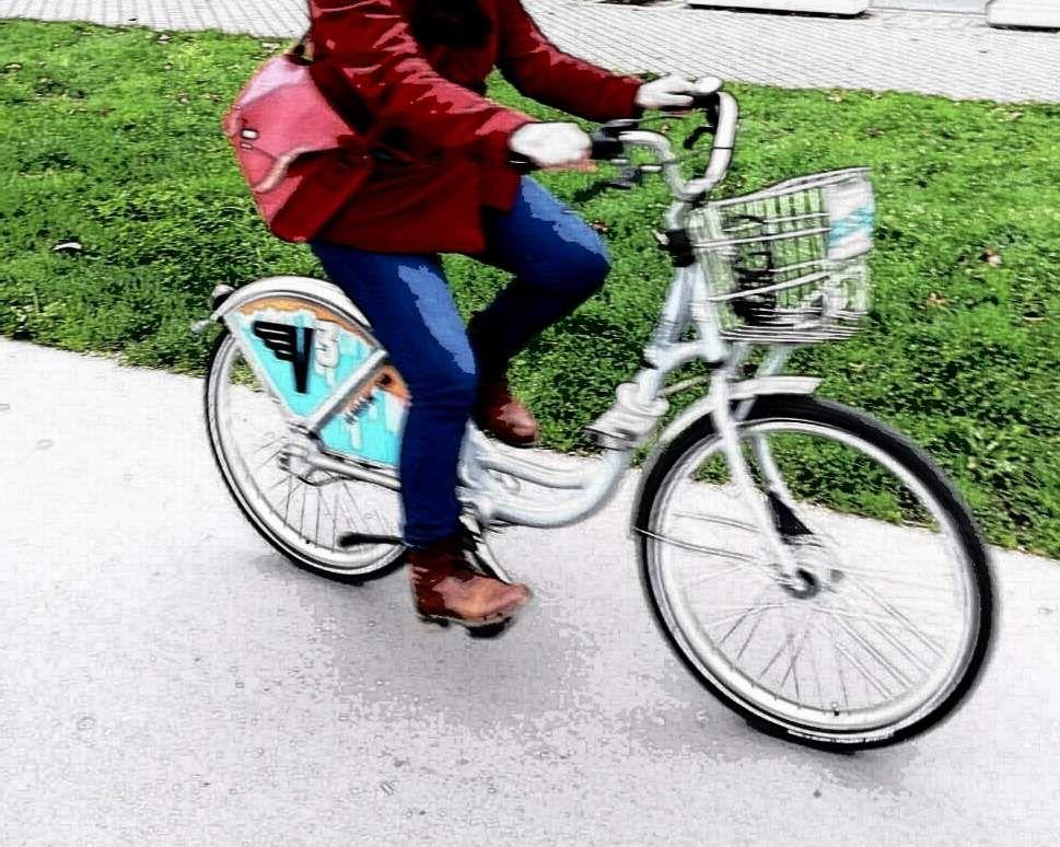 A Bordeaux A Velo Guide De Reenchantement Velo Bordeaux Bicyclette
