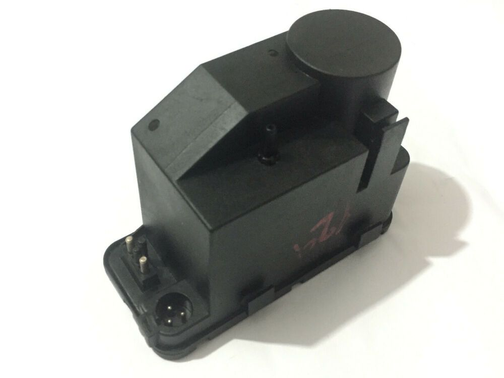 Central Locking Pump For Mercedes Benz 0008000648 0132006302 Vacuum Pump Bosch Bosch Mercedes Benz Benz Bosch