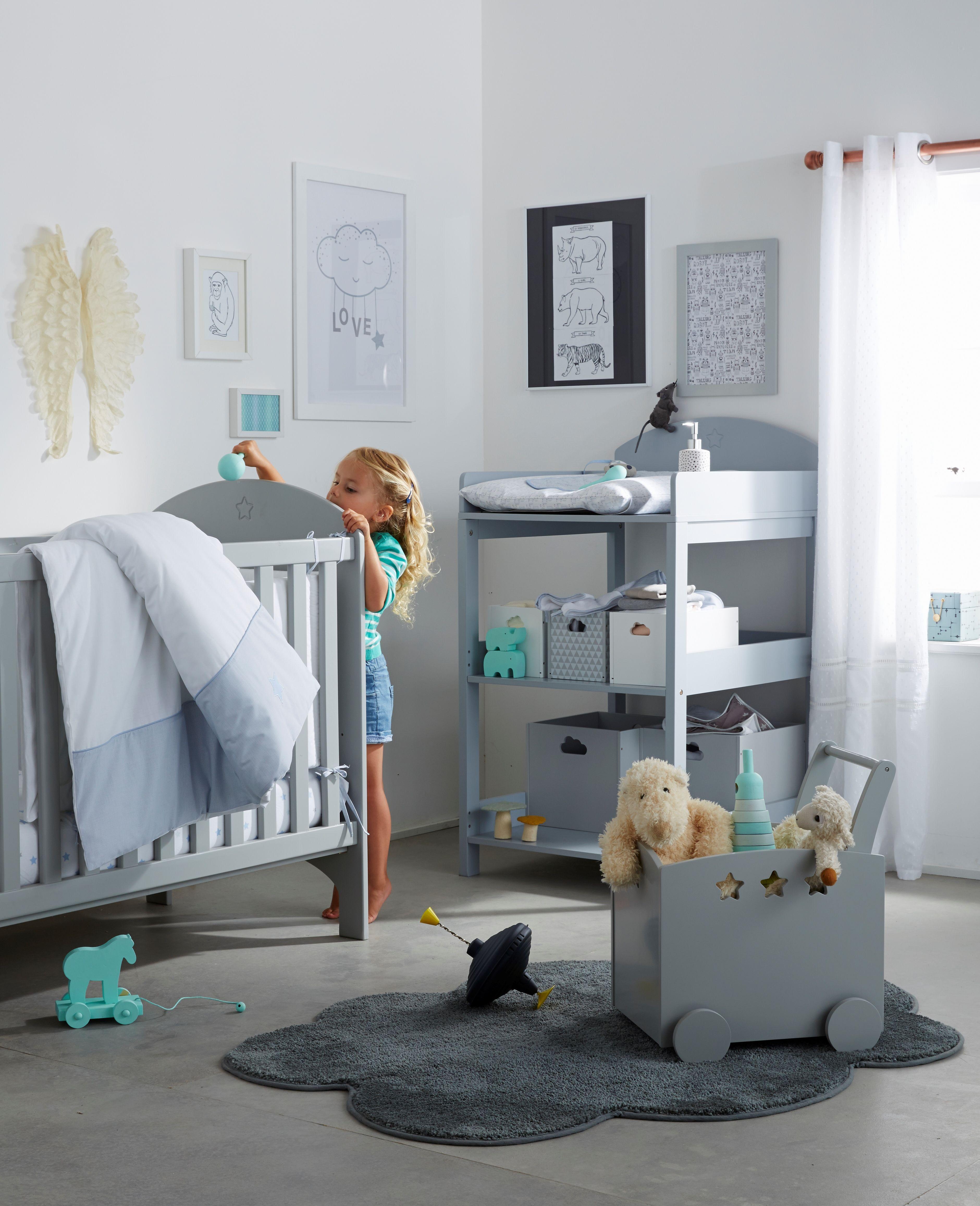 lit barreaux b b chambre d co collection printemps. Black Bedroom Furniture Sets. Home Design Ideas