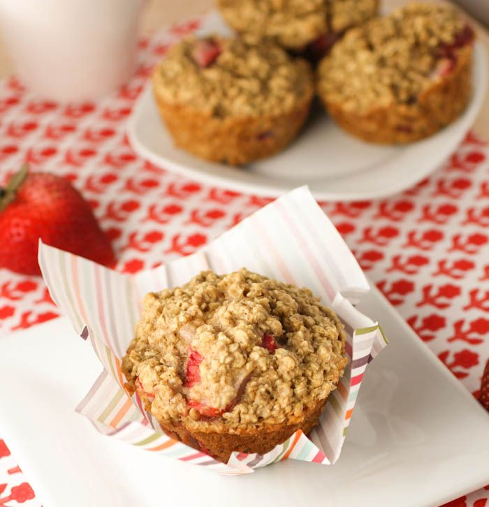 Strawberry Oatmeal Muffins | Recipe | Strawberry oatmeal ...