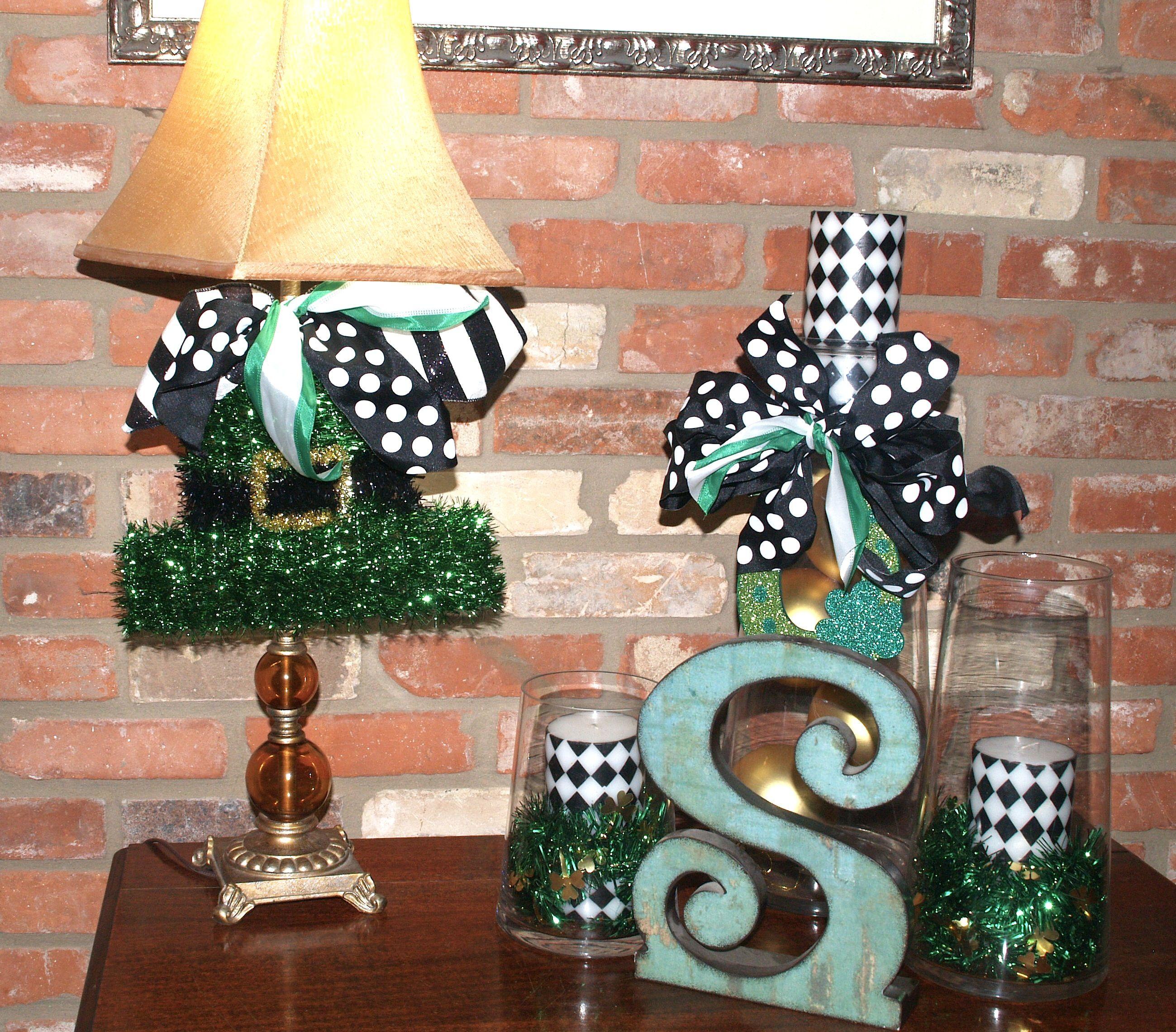 Show Me a St. Patrick's Day Wreath Holiday decor, Decor