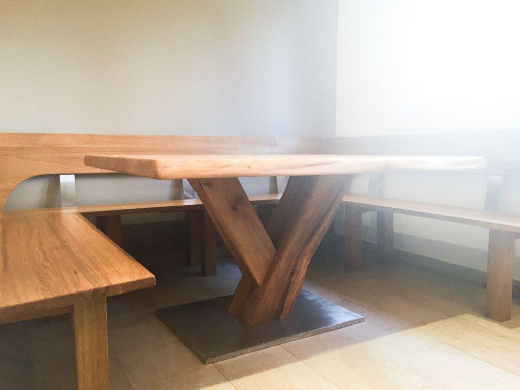 Tisch Und Eckbank Aus Eiche Massivholz Mit Edelstahlelementen Und  Biologischer Oberflächenveredelung   Gefertigt In Berlin Weißensee.