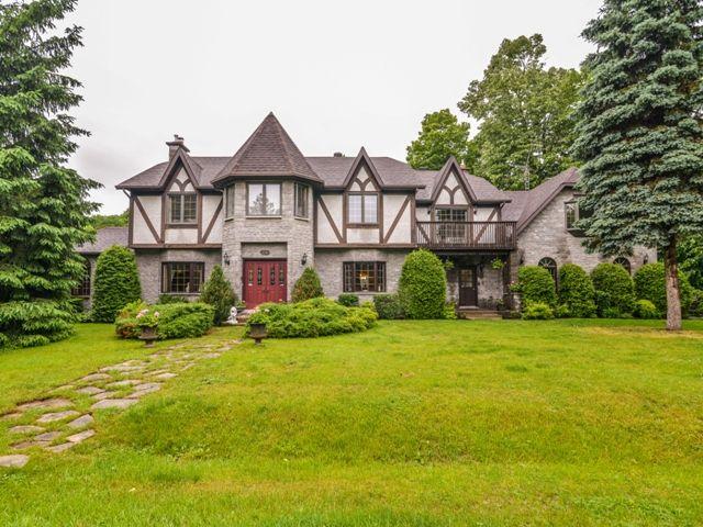 28 Appleglen Hudson Qc Forsale Http Www Profusionimmo Com En Property Details 27850462 Html U Residential Real Estate International Real Estate Mansions