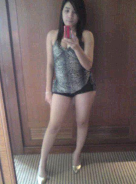 Gadis Jablay Sexy Banget Pake Hotpant Kelakuan Abg