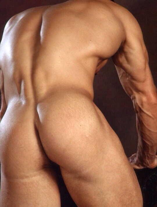 Big Naked Men In The Lockerroom