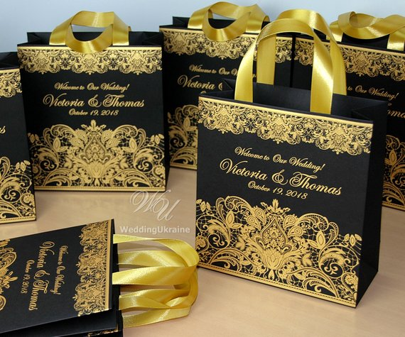 25 Wedding Welcome Bags For Guests With Gold Satin Ribbon