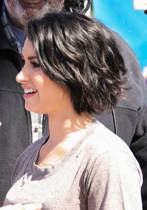 inspirationen kurze haarschnitte für voluminöses haar der