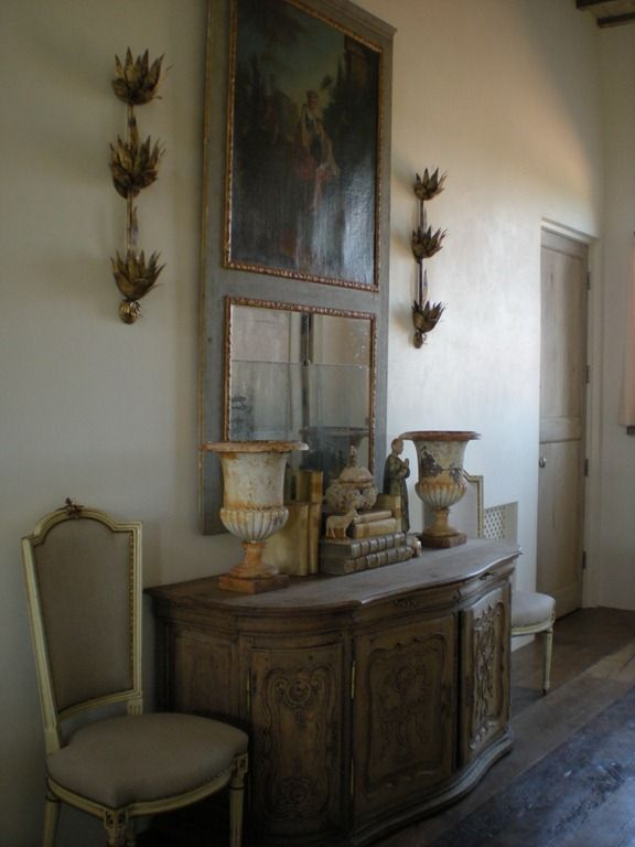 Foyer Interior Urn : Love the urns and chairs white interiors with elegant