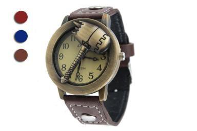 US$5.29,Free shipping worldwide Bronze Flip Hammer Quartz Wrist Hand Watch With PU Leather Band