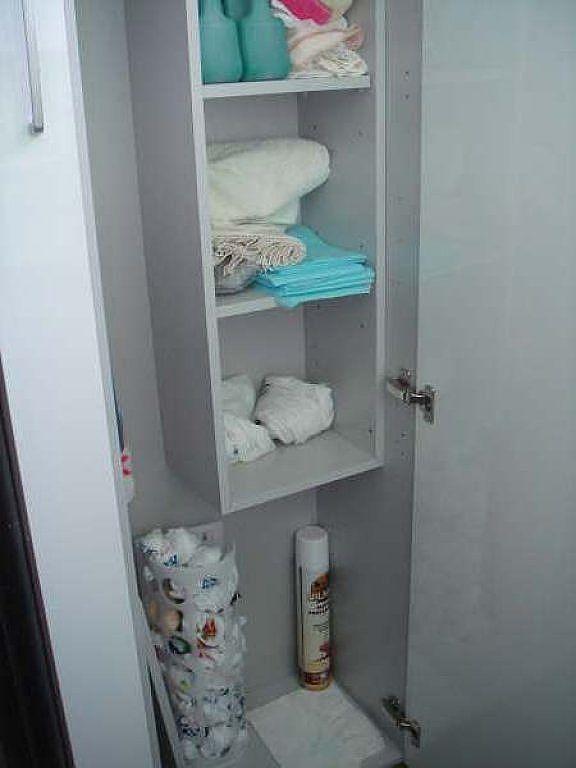 A vueltas con el armario escobero lavadero pinterest - Mueble escobero carrefour ...