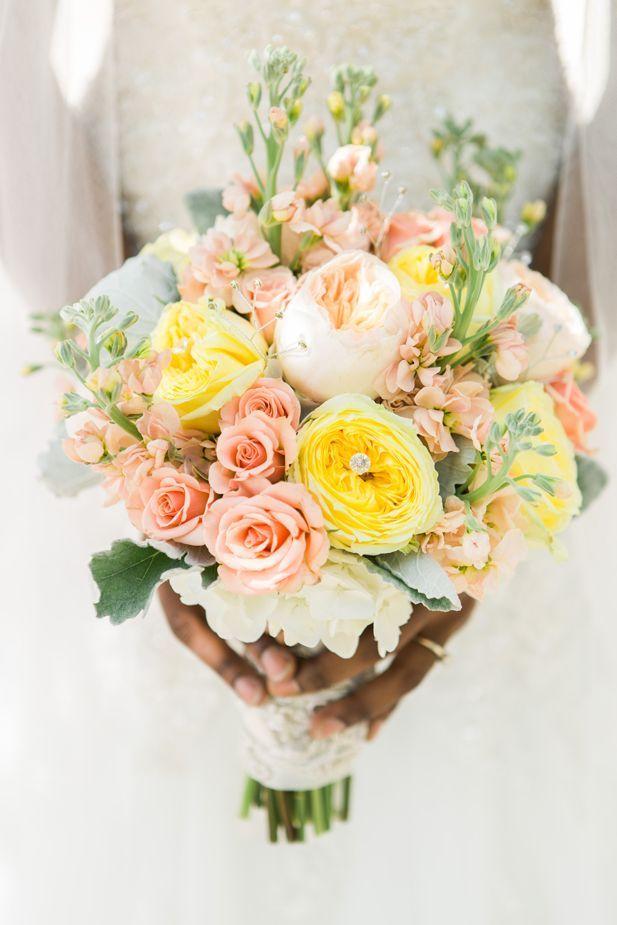 Beautiful blush pink and yellow bouquet (ArtPhotoSoul Photographers)