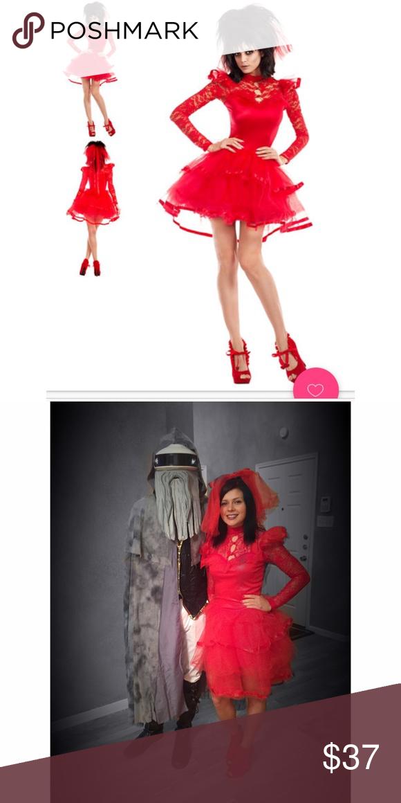 Lydia Deetz (Beetlejuice) Red Wedding Dress w Vail   Pinterest   Red ...