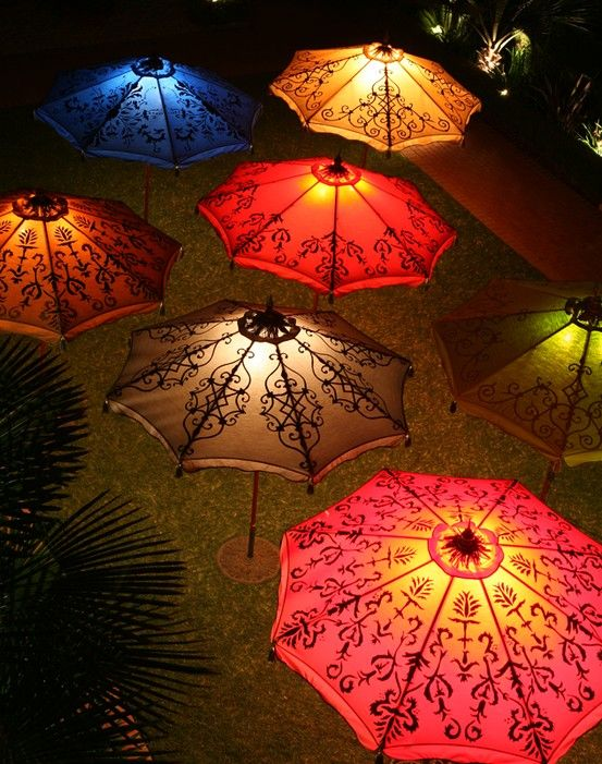 Lighting Up The Night Monsters In The Parasol Guarda Sol
