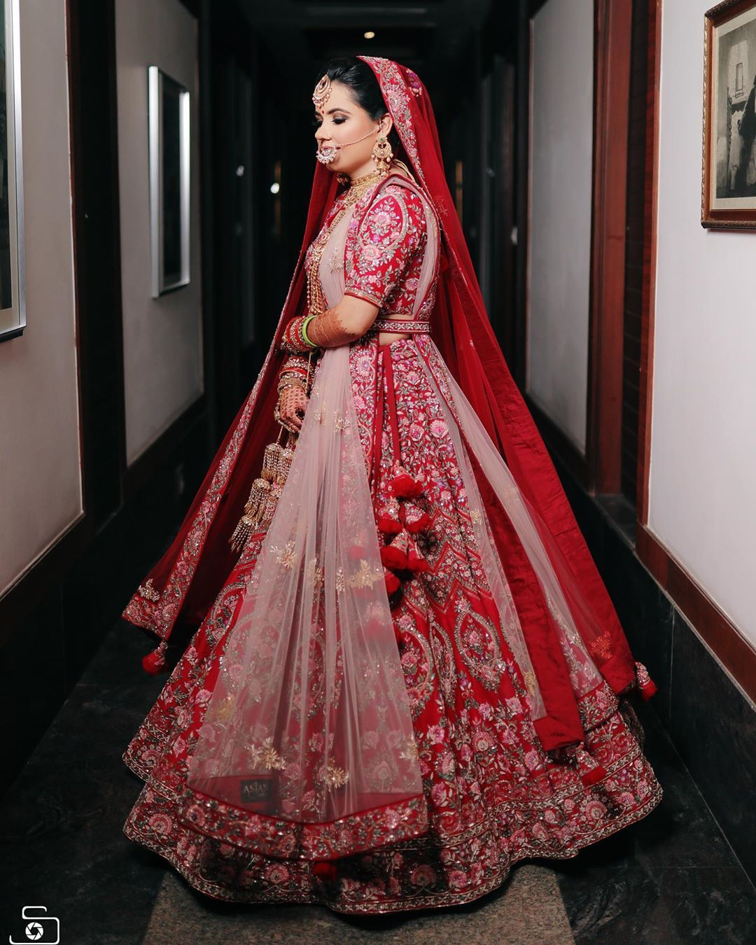 Red Floral Wedding Lehenga With Double Dupatta Wedding Lehenga Designs Red Bridal Dress Indian Bride Outfits