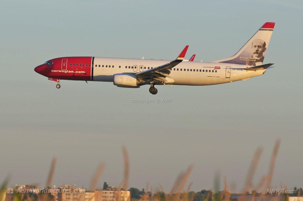 _CHR3790 Norwegian Air Shuttle Boeing 737-86N LN-NOQ (cn 32658/1695)