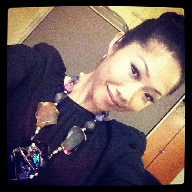 julie chang form fox 5 in the universe on air compleated jewelry
