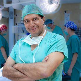 Dr. Héctor Valdés    Cirujano plástico de HC Marbella International Hospital
