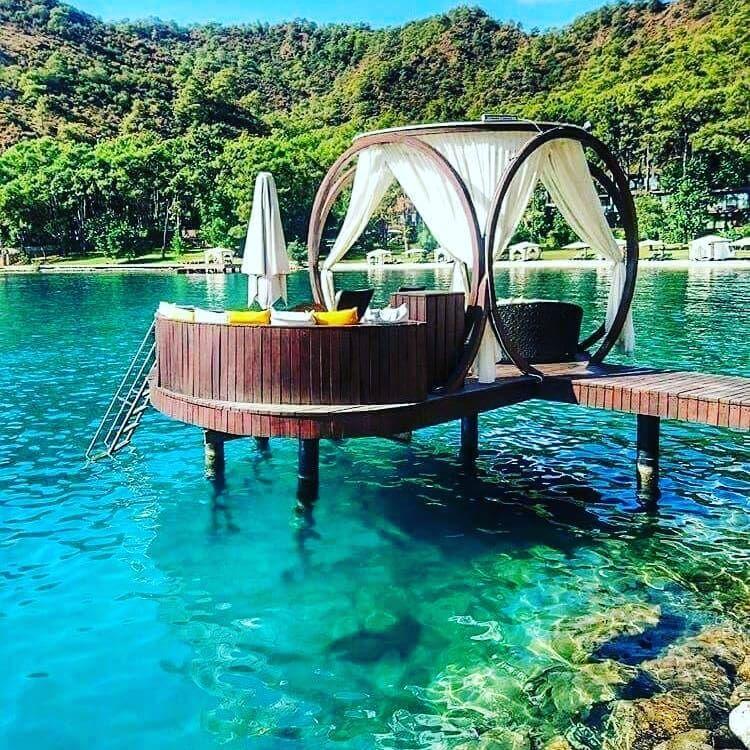 جزيرة فتحية فتحية هي مدينة شاطئية من مدن تركيا العريقة وتقع على منطقة بحر إيجة الذي يفصل بين تركيا واليونان Is Travel And Tourism Tourism Museum Of Childhood