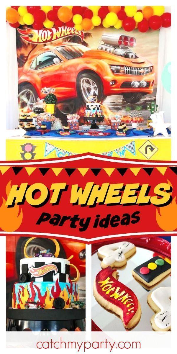 Schauen Sie sich diese fantastische Hot Wheels Geburtstags-Party! Der Geburtstagskuchen ist auf Feuer! Sehen Sie mehr Party-Ideen und teilen Ihnen bei CatchMyParty.com #catchmyparty #partyideas #hotwheelsparty #hotwheels #boybirthdayparty
