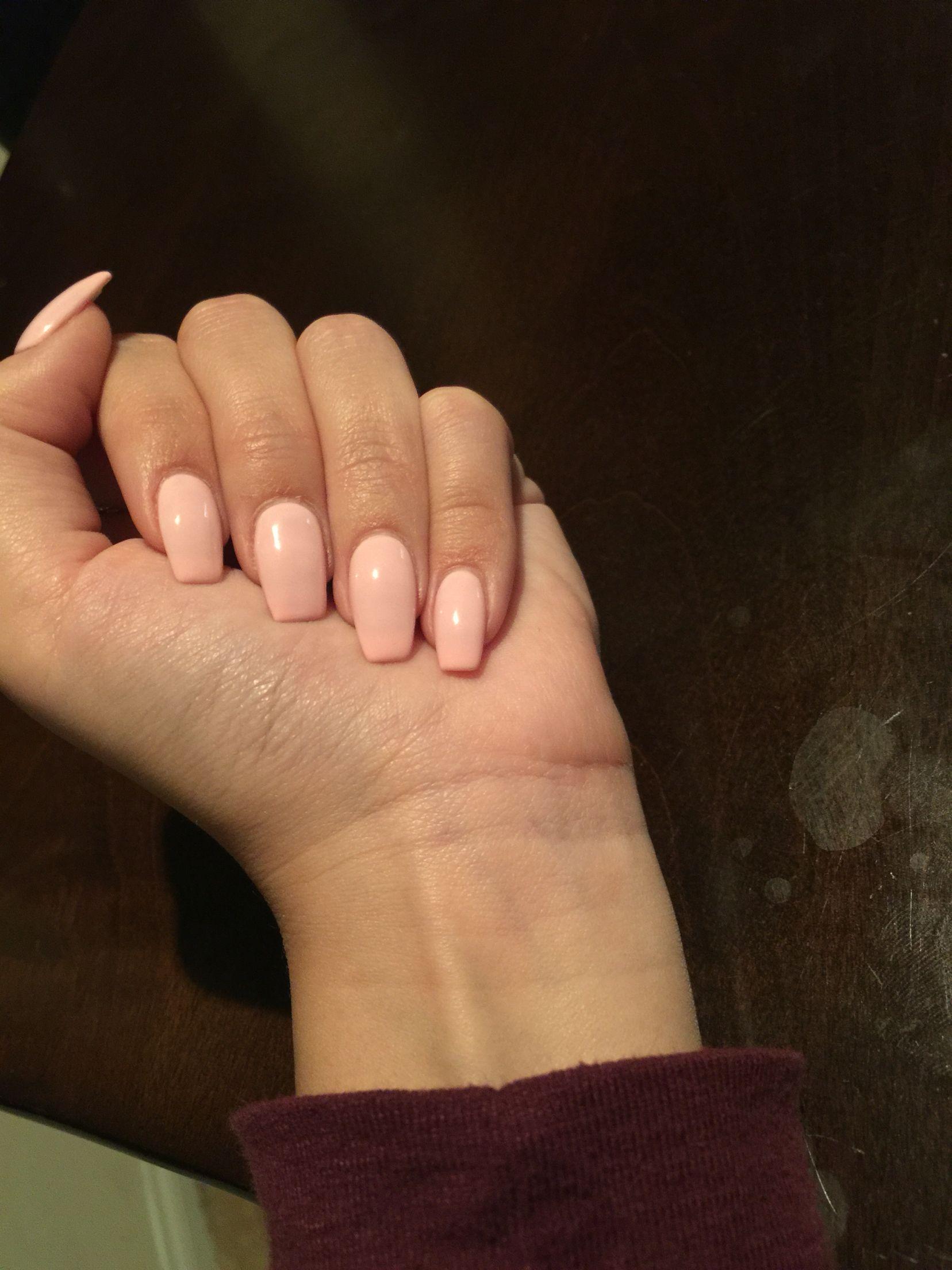 light peach nails acrylic