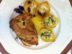 Ich liebe Nudeln zu Kurzgebratenem, wie beispielsweise Hühnchen oder Rind. Hier das Rezept für Muschelnudeln mit Ricotta und Spinat gefüllt.