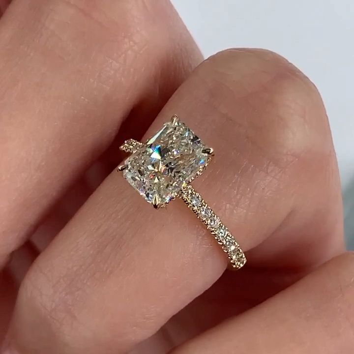 Photo of Stunning Radiant Cut engagement ring