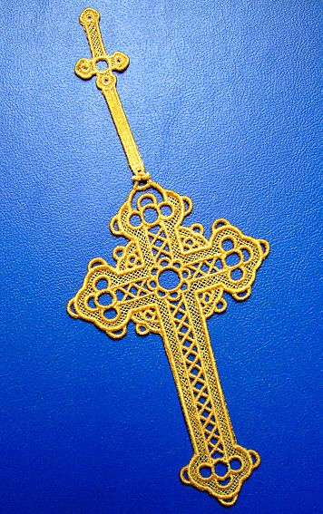 Stand Alone Lace Embroidery Designs : Free embroidery crosses lace cross bookmark from
