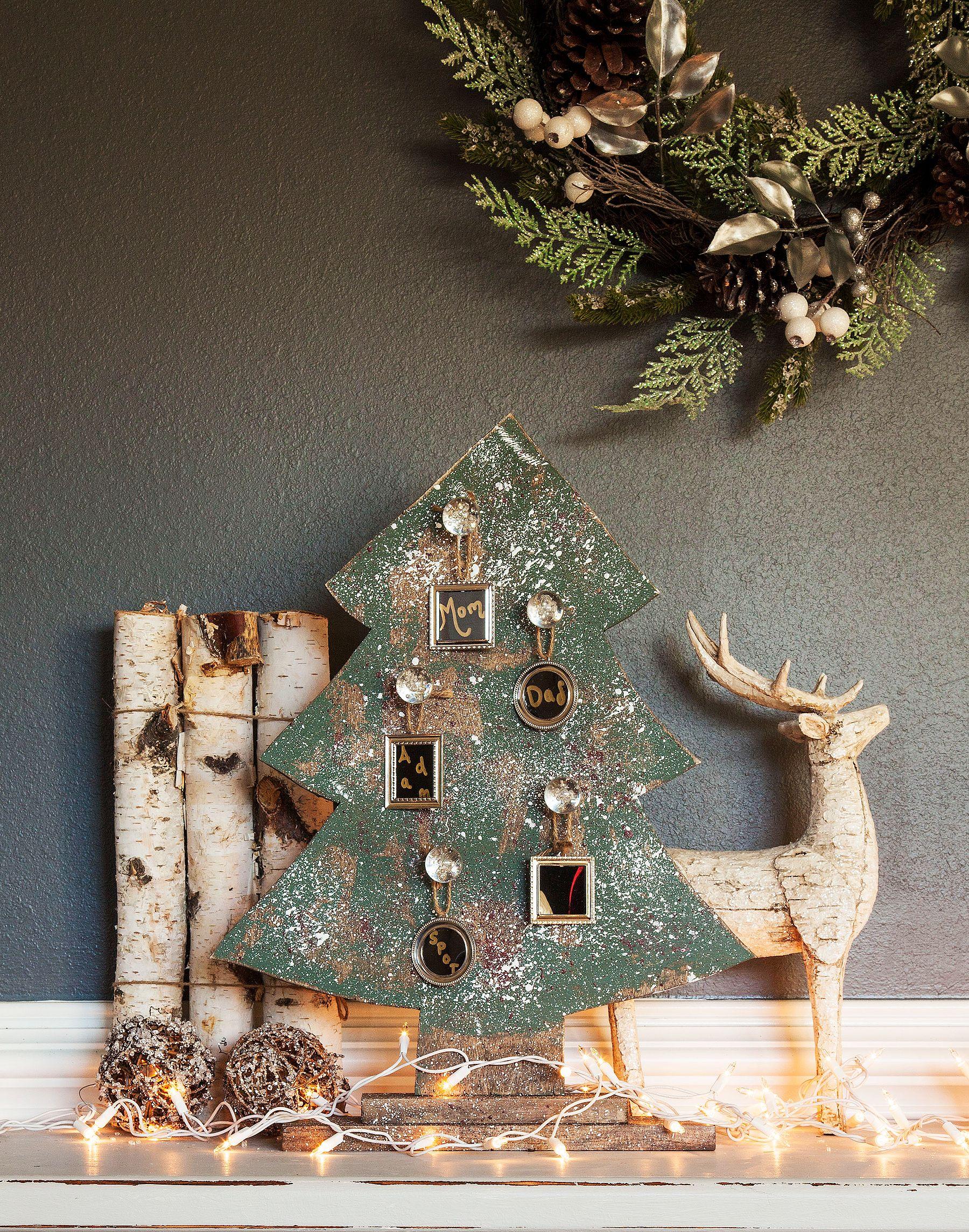 Christmas Gift Wrapping Ideas Cedar MiniWreath Diy