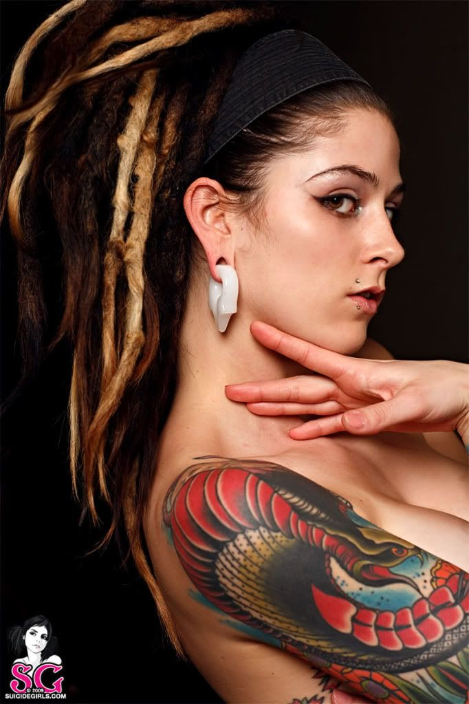 girl dreads Suicide