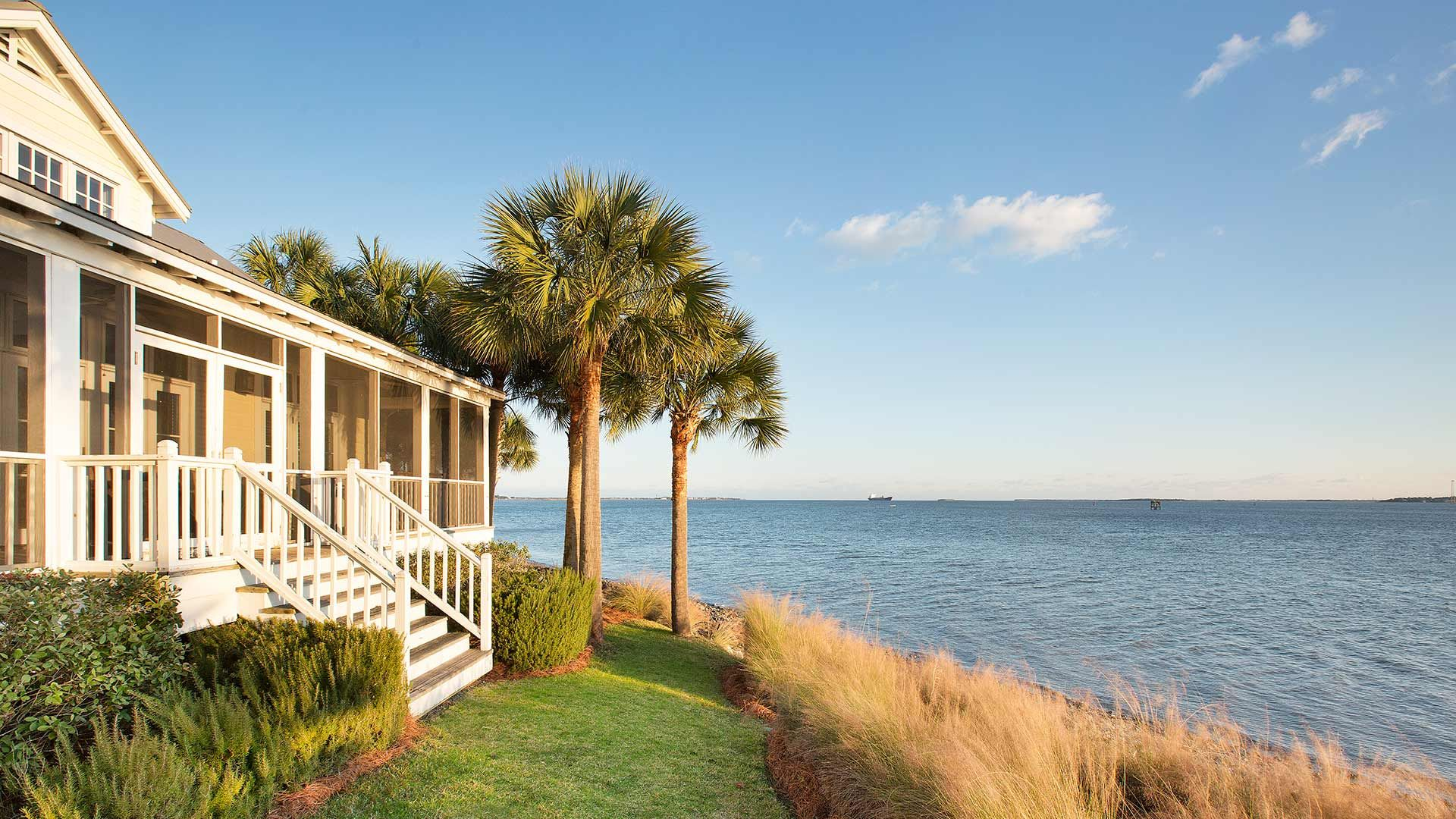 The Cottages On Charleston Harbor Luxury Vacation Rentals Charleston Harbor Vacation Spots Tropical Mount Pleasant South Carolina Beautiful Places To Visit