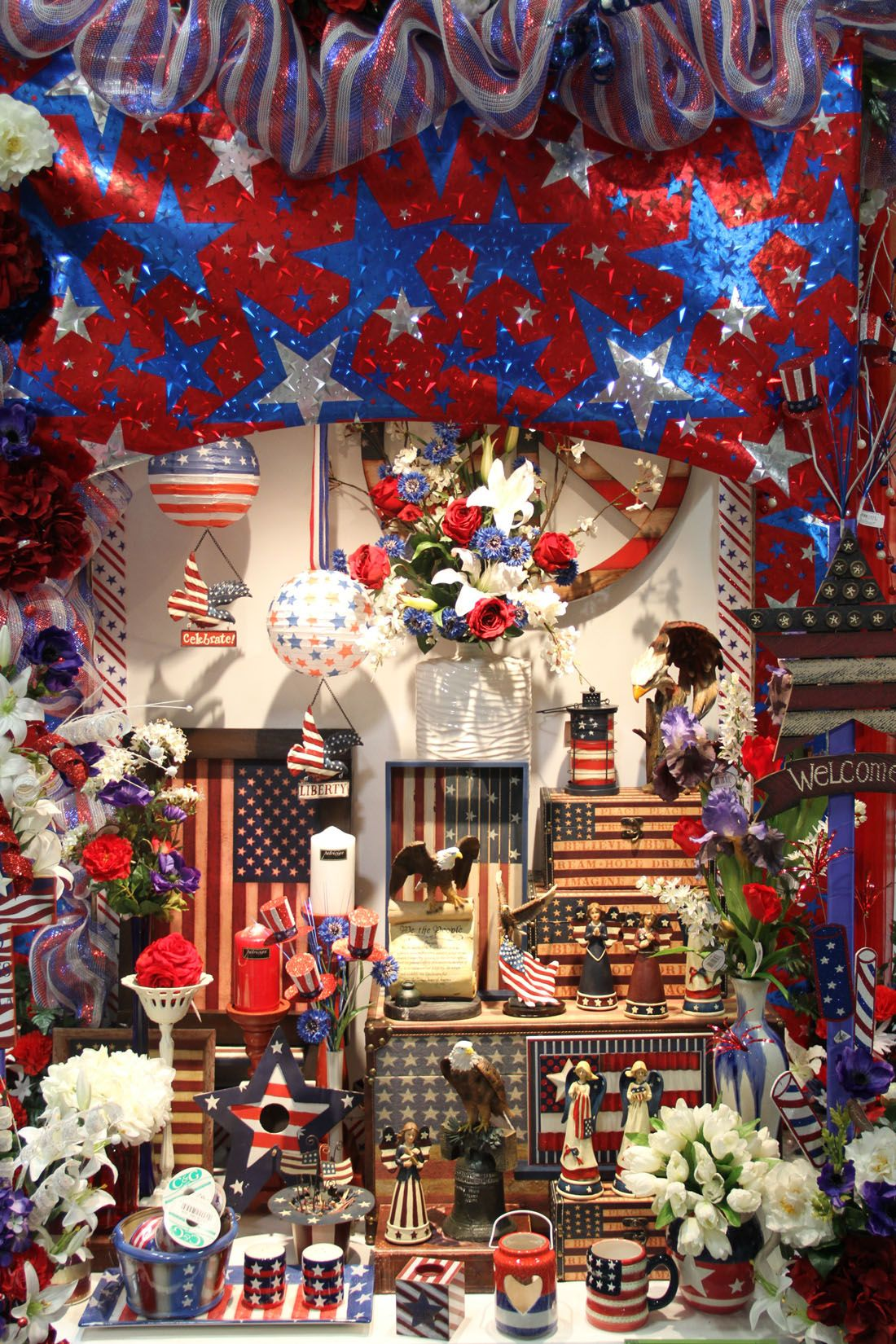 Arcadia Floral And Home Decor Independence Day Quot The Decorator S Super Warehouse Quot Santa