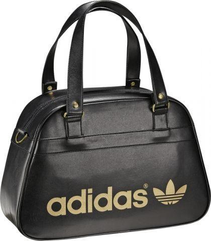 Outletová prodejna Adidas Outlet Store | Adidas v roce 2019