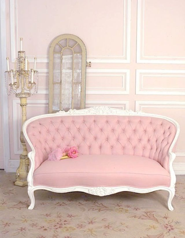 Pink antique couch @Ashley Walters Pitts | Home desires | Pinterest ...