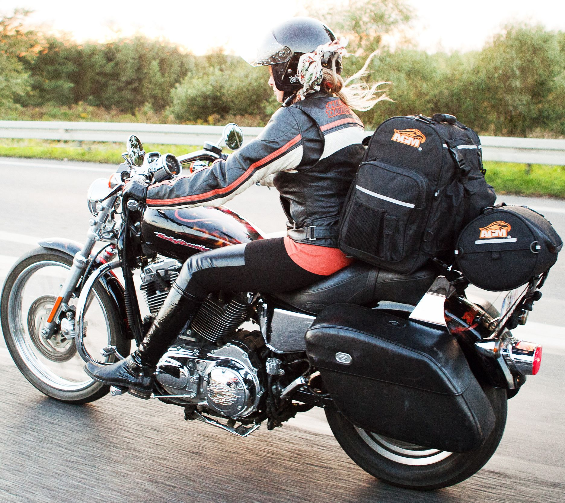 Voyager 1 The Getaway Weatherproof Motorcycle Bag Agm