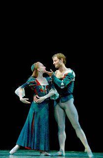 Midsummer Night's Dream (ballet), Costume Design by Martin Pakledinaz