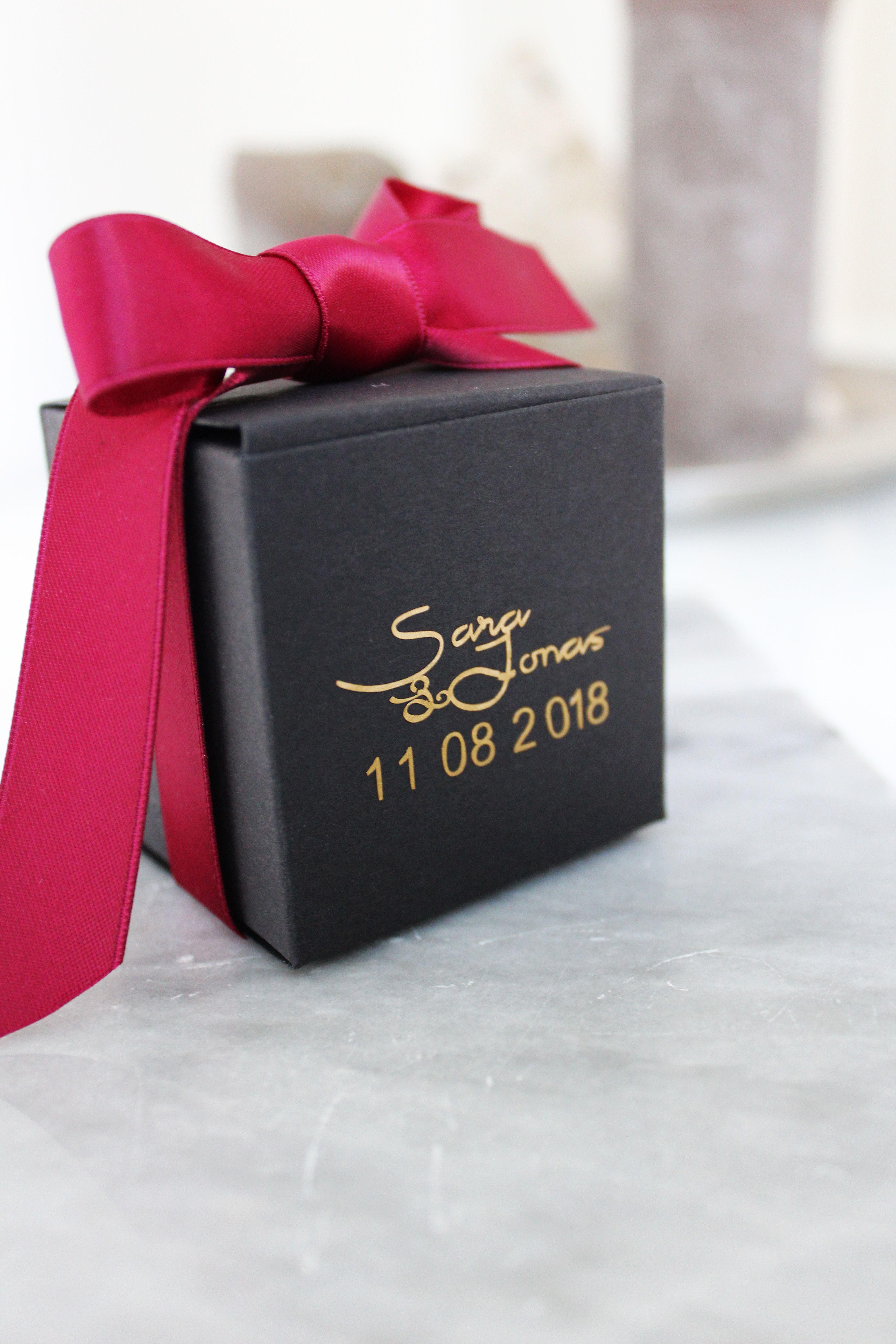 Tolles Gastgeschenk für eure Hochzeit mit Namen des Brautpaars und