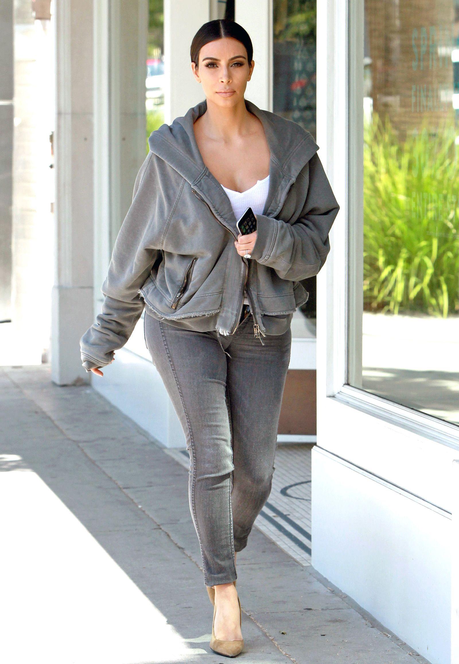 Resultado de imagem para kim kardashian street style 2015