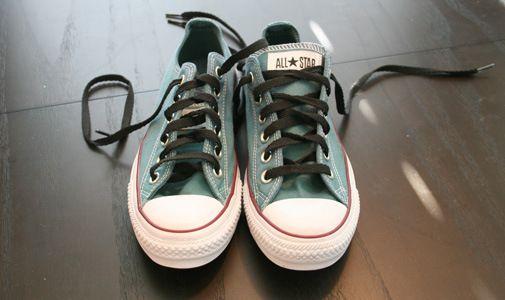 DIY Rit dye your converse!  912d47091