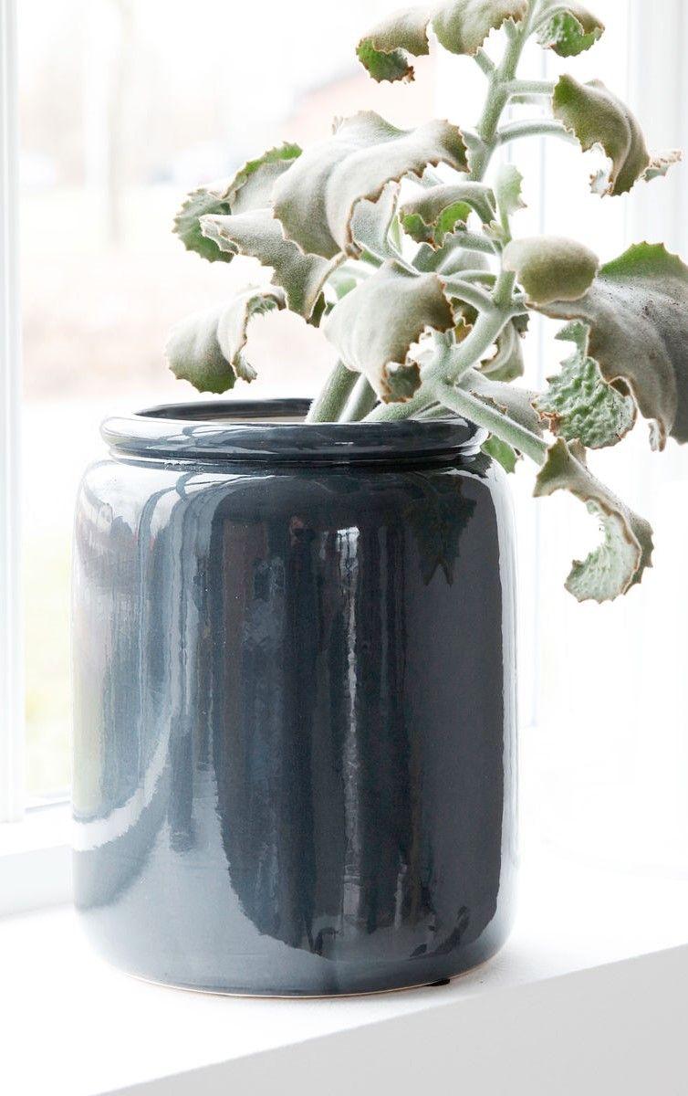 Übertopf | Große vasen, Fensterbrett und Übertöpfe