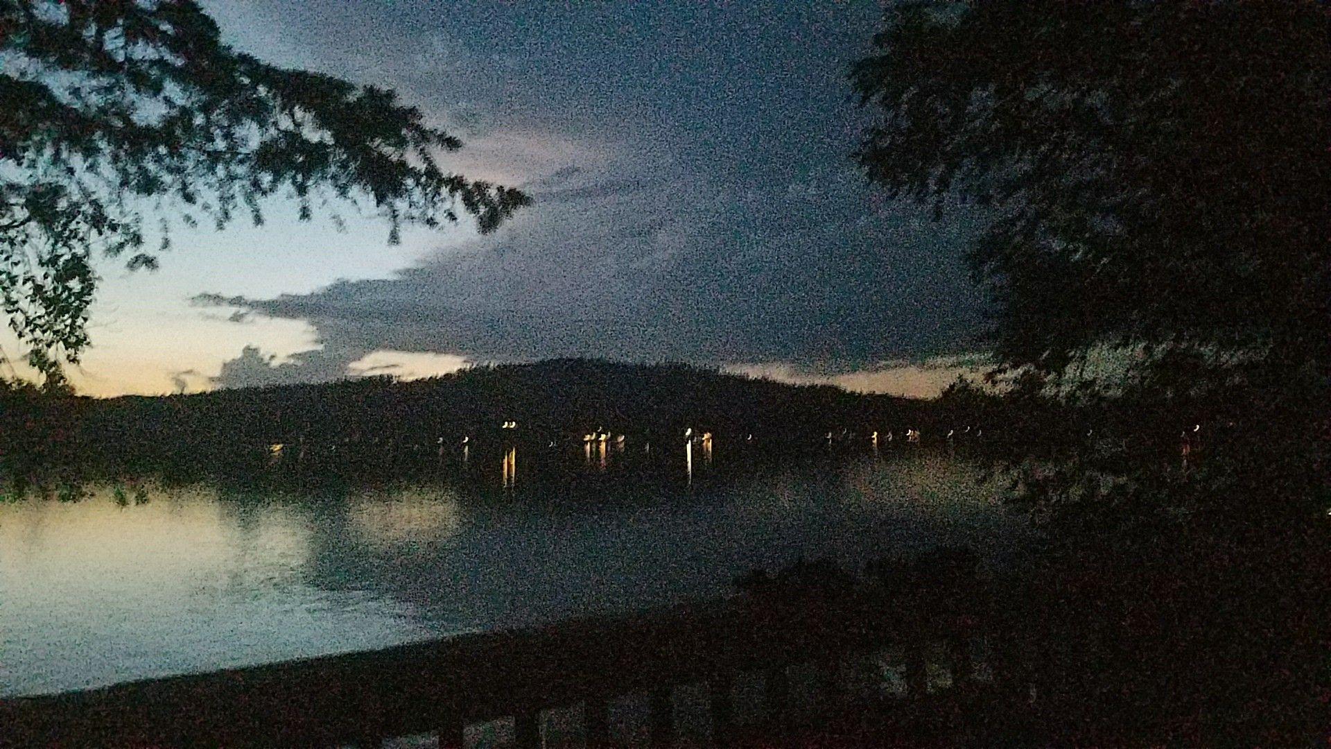 Diamond lake wa with images diamond lake lake outdoor
