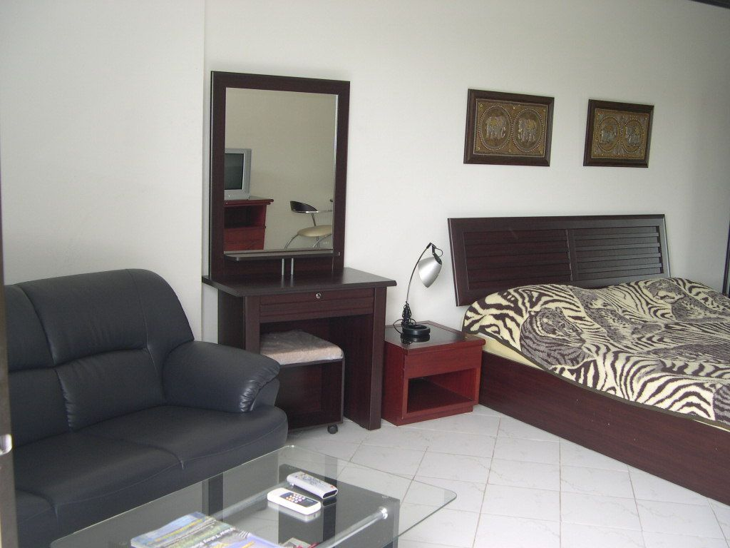 .: Welcome to Jomtien Realty.com, Houses and Condos for Rent