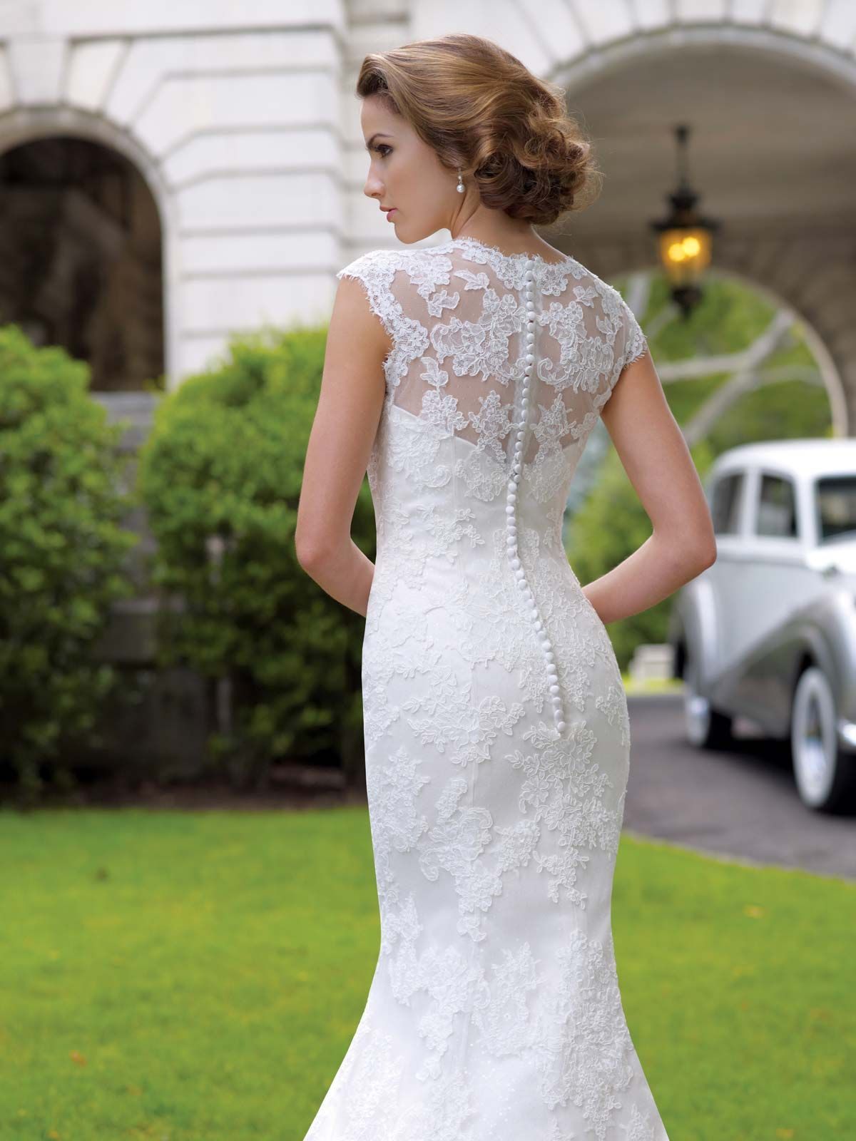 Lace Wedding Dress Buttons Down Back Google Search Wedding - Covered Back Wedding Dress