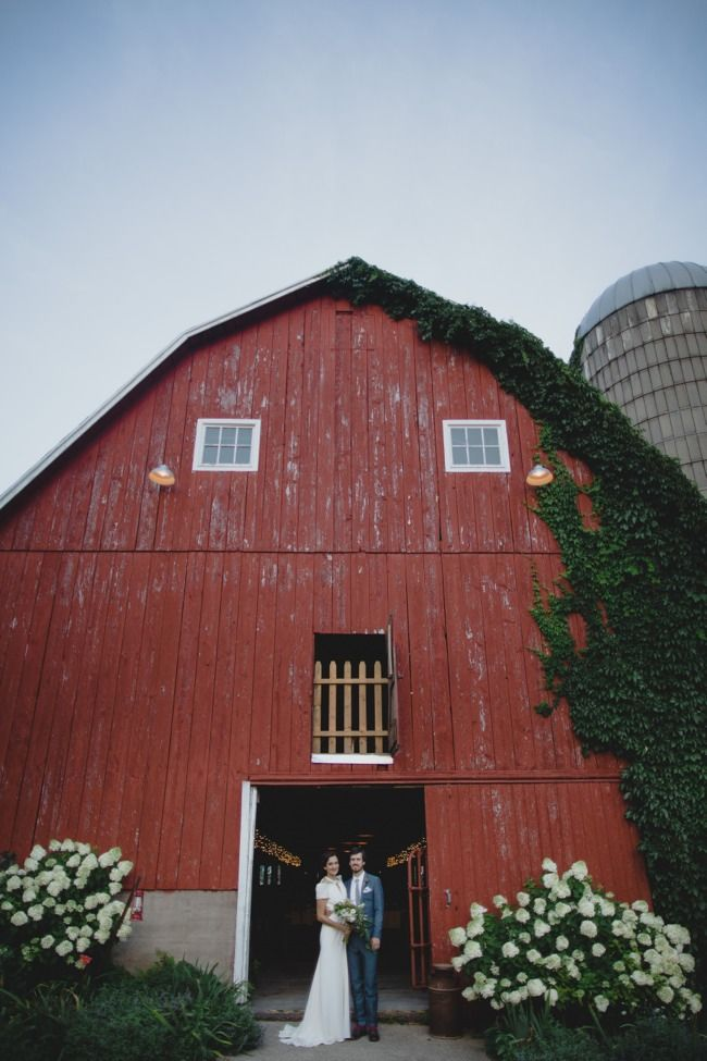 Madison Wisconsin Barn Wedding | Rustic wedding venues ...