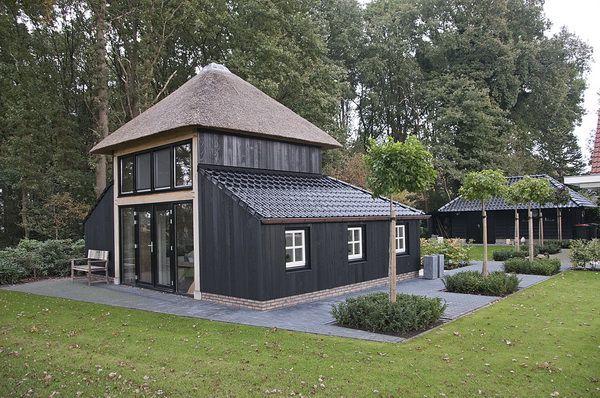 Henk bennink exclusieve houtbouw nijverdal houten for Houten zwembad bouwen