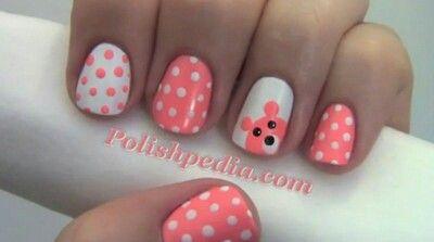 Nail art orsacchiotto rosa