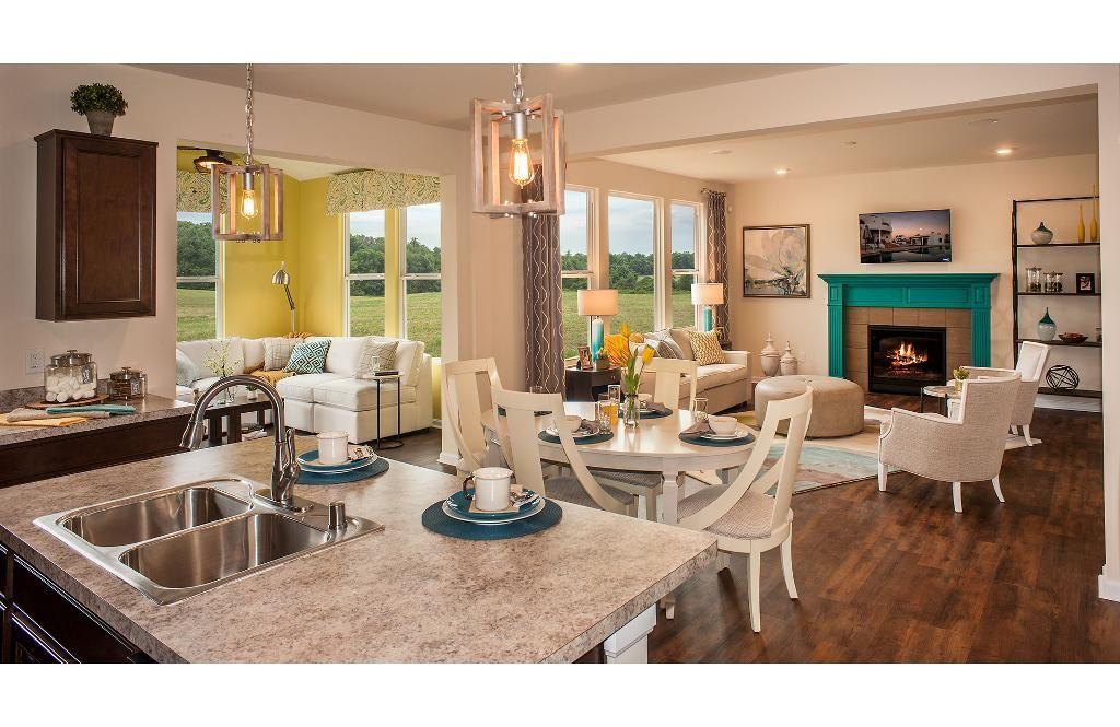 Family Room Kitchen And Sunroom The Ashton Floor Plan Drees Homes Cincinnati Northern Kentucky